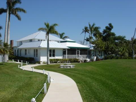 1926 lodge grounds