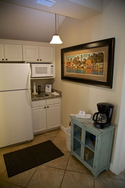 Boat House Cottage kitchen area