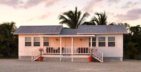 Tarpon-Lodge-Rental-Boathouse